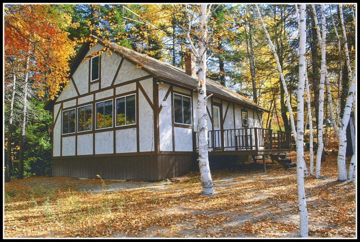 homes maine house me sale zillow waterfront for cottages
