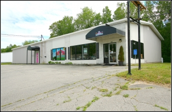 Showroom & Warehouse For Lease